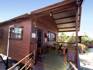 Just In Time Prime Holiday Resort Chalet Deck