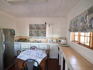 Just In Time Prime Holiday Resort Chalet 2 Kitchen