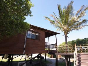 Just In Time Prime Holiday Resort Chalet Side View