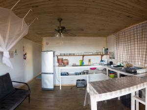 Just In Time Prime Holiday Resort Chalet 6A Kitchen